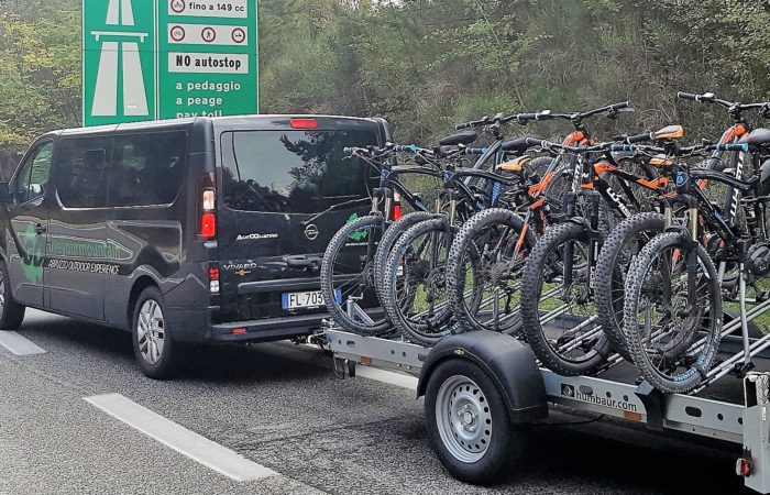 SHUTTLING (8 guests and 8 bikes)